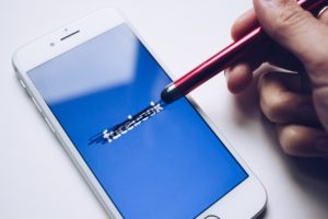 Facebook kondigt binnenkort nieuwe naam aan voor moederbedrijf